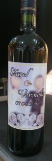 Etiketa na vína