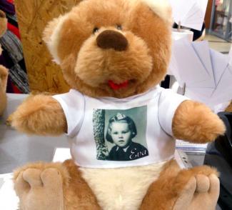 Plyšový medvěd s tričkem